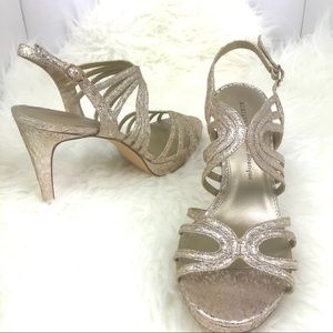 Adrianna Papell Boutique Gold Wedding Sandals 9.5